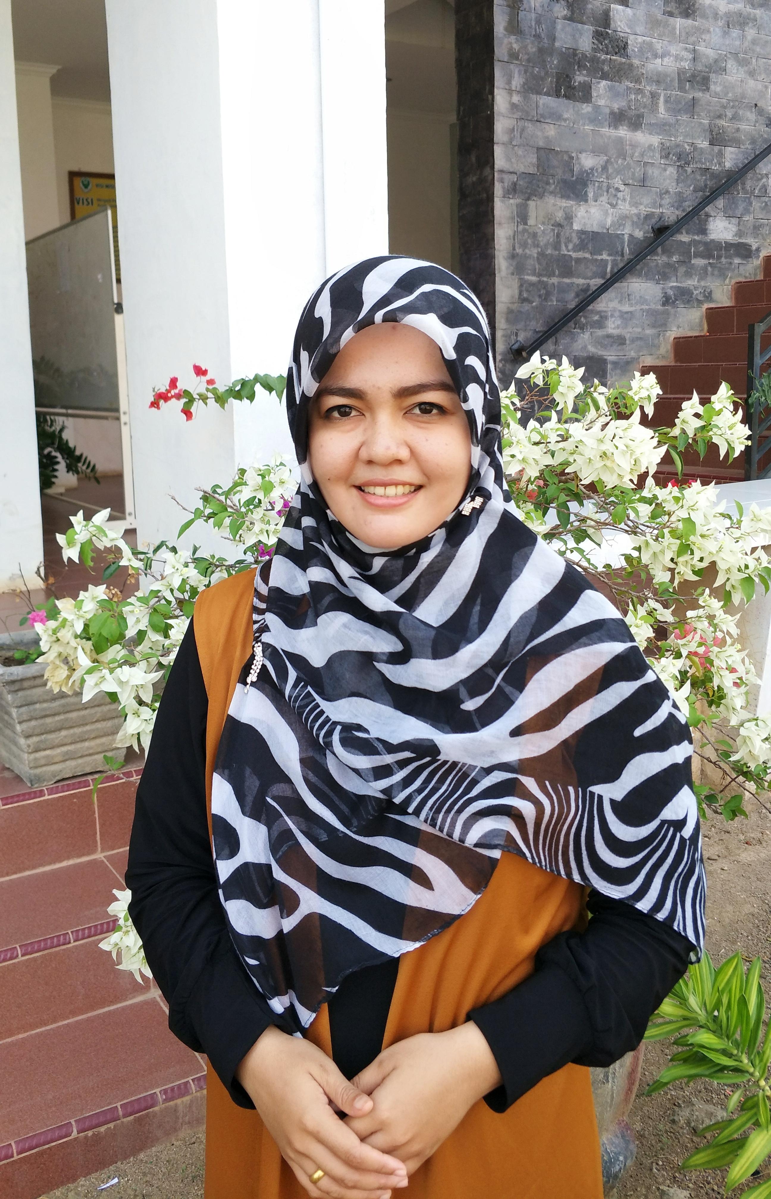 Siti Irmayani, S. Farm